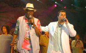 Jamelão & Leandro Santos. I bakgrunden Djavan och Leçi Brandão.